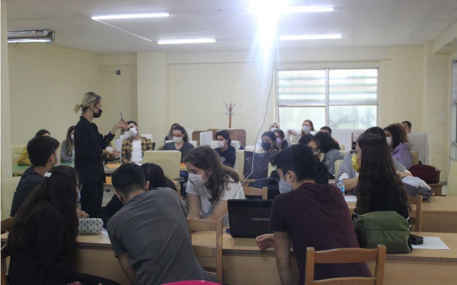Beyaz Eğitim Kurumları Yaratıcılık ve İnovatif Fikir Geliştirme Eğitimi
